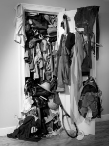 cluttered-closet-clothes-mess-223x300